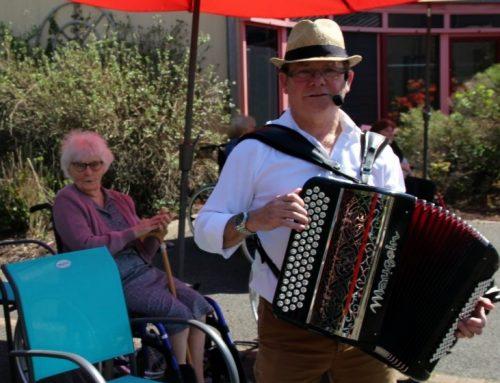 Musique en plein air à Pontvallain